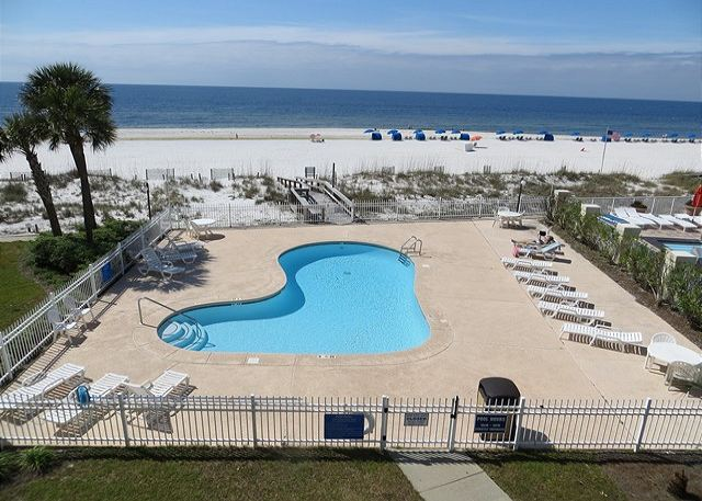 MID WEEK SPECIAL FOR JUNE 8-10TH  BREAKER'S 31-CALL AQUA VACATIONS - Orange Beach, Alabama