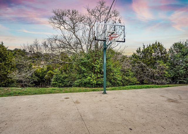 Enjoy this adjustable & regulation sized basketball hoop