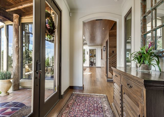 The front entry way to this beautiful estate.