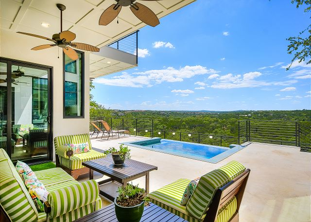 Enjoy bright sunny days at this fabulous estate. You'll feel like you're at a private retreat, while only being 8 miles away from downtown Austin.