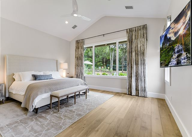 Relax and get a great nights sleep in this comfortable master suite. It's spacious enough to add a front gate if needed