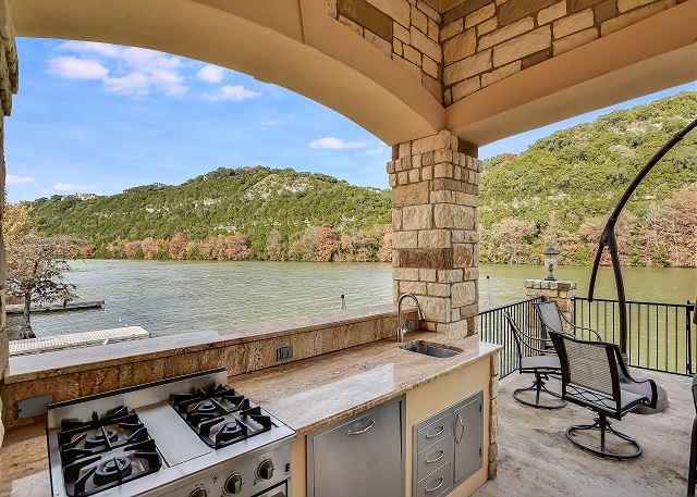 Dock/Outdoor Kitchen