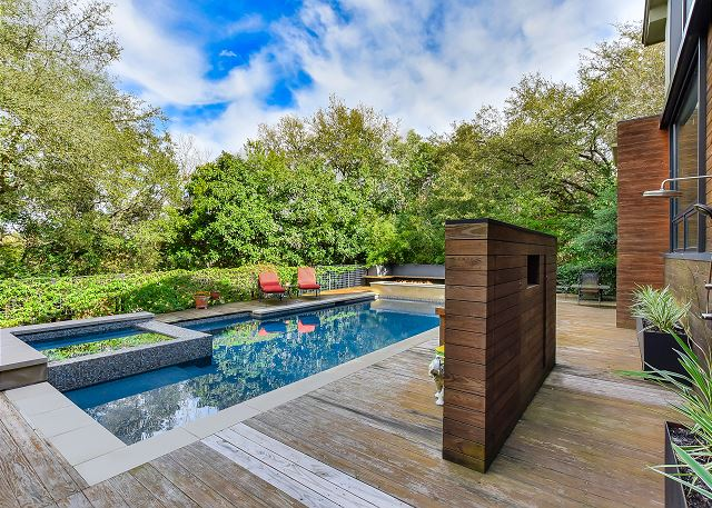 Outdoor Pool and Spa with Outdoor Shower
