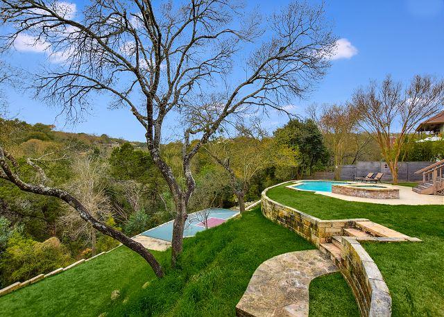 Back - Pool - Yard