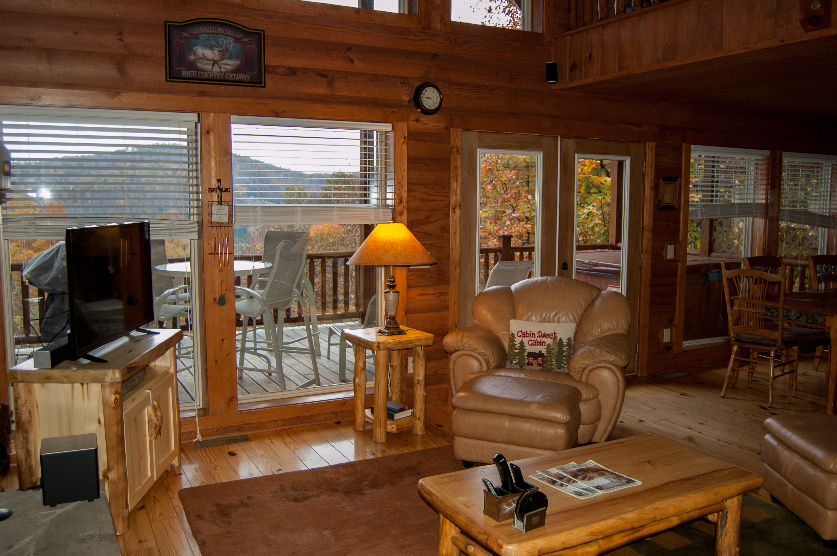 north southeast greenmountain carolina cabins northcarolina for friendly eco elevated experience near boone rental house tree cabin rentals unitedstatesofamerica asheville