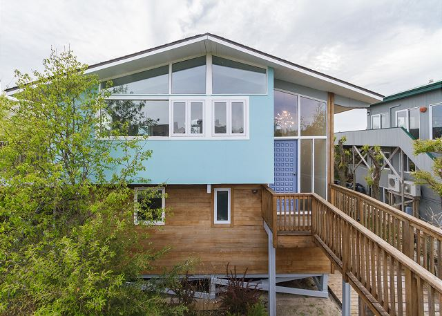 Gorgeous modern home located in Corneille Estates