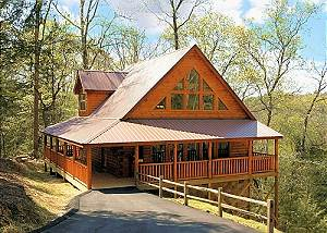 SHAMROCK LODGE 215 Luxury 2bedroom Resort cabin 5 miles from downtown Gatlinburg & Pigeon Forge