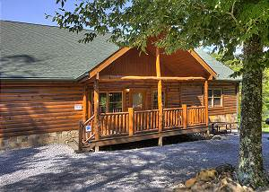 MAJESTIC WATERS #575 5 Bedroom Private Indoor Pool Cabin with Hot Tub, Theater Room, Close to Park
