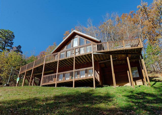 Life Of Luxury 12 8 Bedrooms In Gatlinburg Cabin Rental