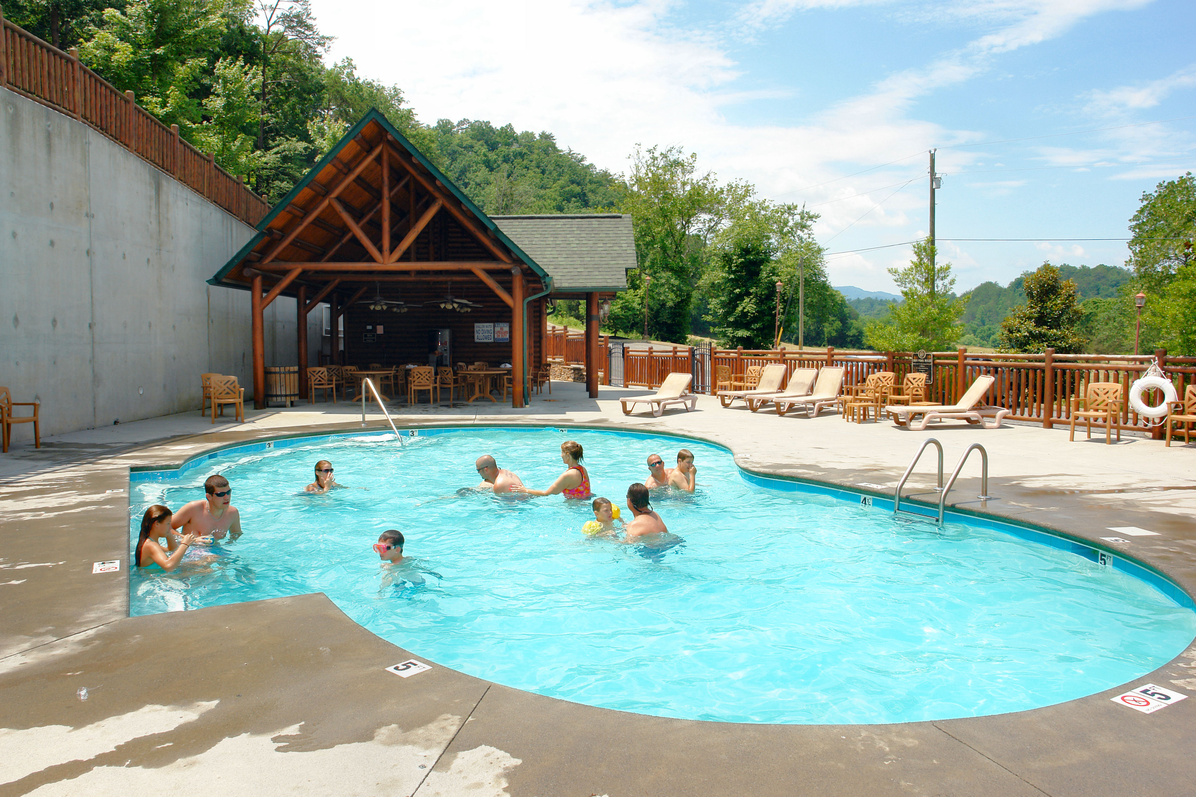 cabins rising redawning vacation pool tennessee indoor sevierville lodge property eagle with in rental