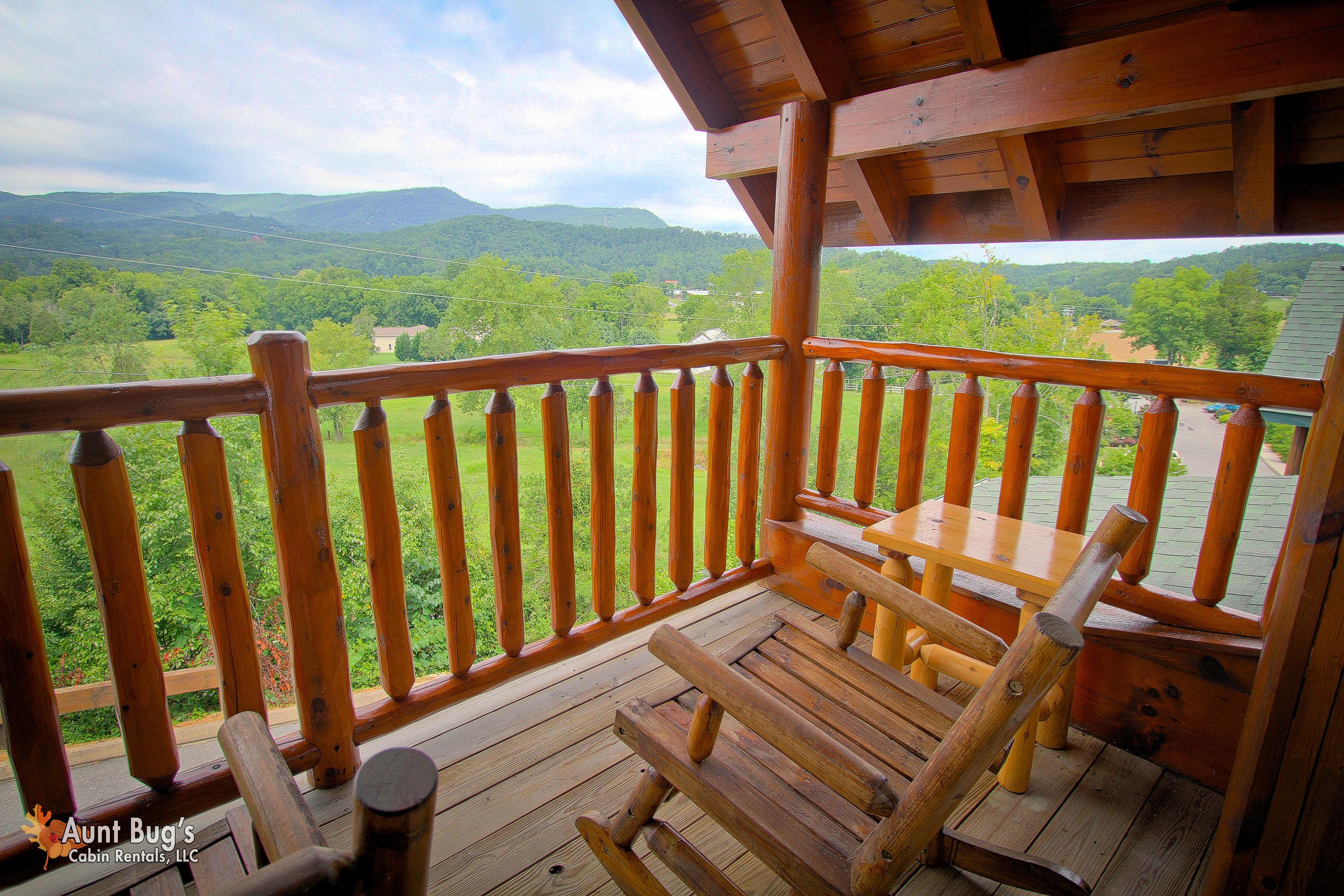 cabin bee miss forge rent sevierville rental pigeon bedroom cabins haven for