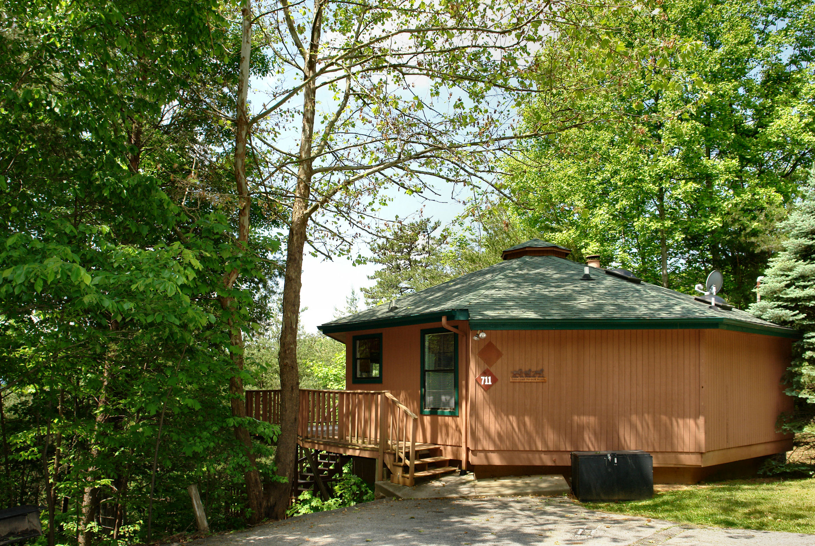 cabin bear game vacation redawning cabins amp minute in rentals property hot tub rental lake big room last