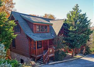 BIG DADDY BEAR #545 Pigeon Forge Cabin with Incredible Views, Game Room, & Close to Town Parkway