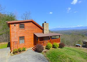 Grandpa Bear's View #233 Wow! Best Mountain View near Dollywood. Secluded Cabin in Pigeon Forge!