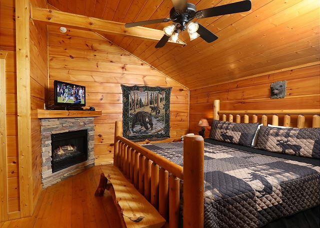 Black Bear Hibernation 2825 2 Bed 2 Bath Cabin Acorn