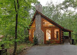 AFTERNOON DELIGHT #2332 Romantic Private 1bedroom cabin,in Sky Harbor Resort 6miles to Gatlinburg TN