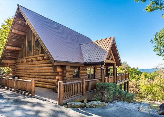 Terrific Pigeon Forge Cabins Gatlinburg Cabins Smoky Mountain Home Interior And Landscaping Pimpapssignezvosmurscom