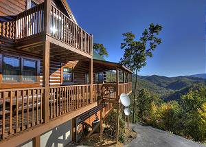 Eagle's View #356 NEWer Secluded 3BR Mountain View cabin with pool table,video arcade, hot tub!