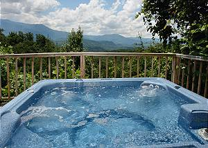 ALTITUDE ADJUSTMENT #705 2 Bedroom Mountain View Cabin with Hot Tub, Close to Downtown Gatlinburg