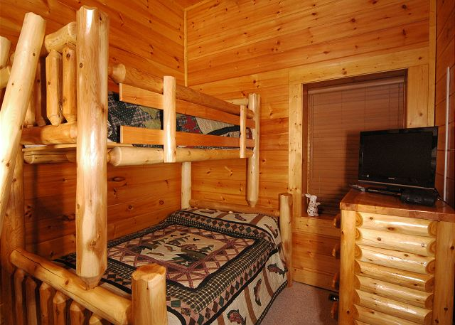 Dream Come True #555 | 5 Bedroom Cabins | Pigeon Forge Cabins ...