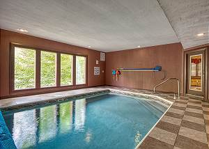 A New Beginning #522 Luxury Cosby/ Gatlinburg Lodge with Home Theater Room & Private Indoor Pool