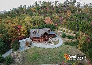 STAIRWAY TO HEAVEN #556 Private Smoky Mountain 5 Bedroom cabin with KNOCKOUT MOUNTAIN VIEWS!