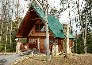 HIDDEN ROMANCE #1404 Romantic 1 Bedroom Pigeon Forge Cabin in the Wears Valley Area with Jacuzzi