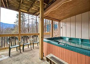 Gatlinburg's Eagles View 2 #820 3 Bedroom in Gatlinburg with a View of Mt. LeConte is simply spectacular!