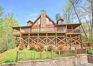BEARFOOT LODGE #420 Gatlinburg luxury cabin  BEARFOOT LODGE #420