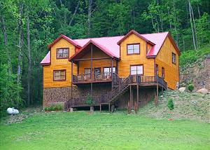 Mystical Creek Pool Lodge #600 Secluded 6 Bedroom Private Indoor Pool Cabin with Hot Tub and Mountain Views