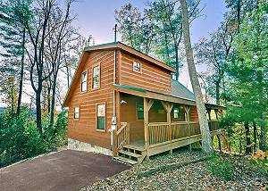 SUNSET RIDGE #234 2Bedroom Cabin Gatlinburg TN, Games, wifi, hot tub, & more