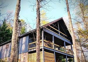 Lake Vista Lodge - 248 Gatlinburg cottage walking distance to fishing pond w/ pool table, wifi