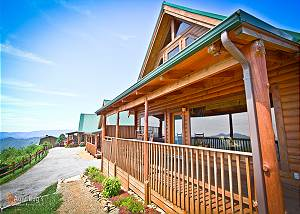 AWESTRUCK #170 1 Bedroom Log Cabin Amazing Smoky Mountain View Wears Valley Pigeon Forge TN