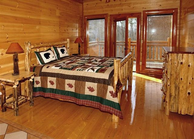 Big Bear Cinema #510 | 5 Bedroom Cabins | Pigeon Forge Cabins ...
