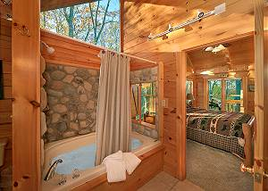 MOONLIGHT OBSESSION #254 Private Romantic 2bedroom a few miles to Dollywood Game Tables, XBox & WiFi