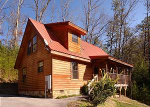 WET BEAR PAWS 146 Gorgeous Semi-Private Two Bedroom Cabin Located Behind Dollywood with Hot Tub