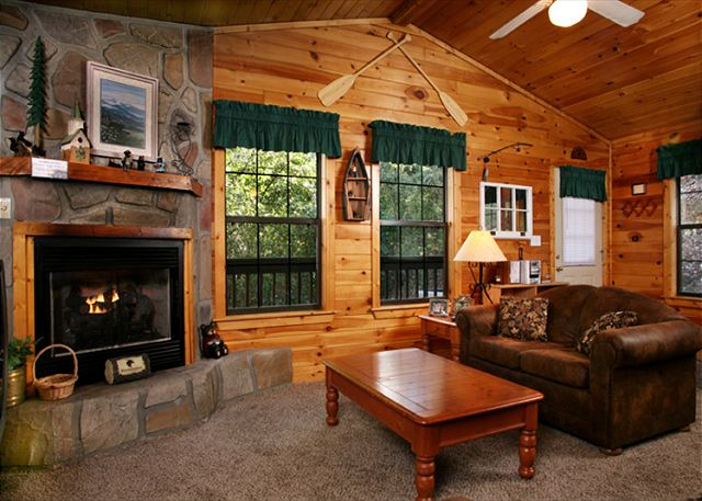 four seasons 193 1 bedroom cabins pigeon forge cabins gatlinburg cabins. Black Bedroom Furniture Sets. Home Design Ideas