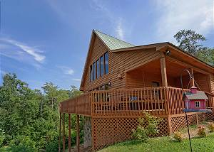 Fond Memory - 225 Large 2 bedroom cabin,mountain view 2 miles to Downtown Pigeon Forge TN