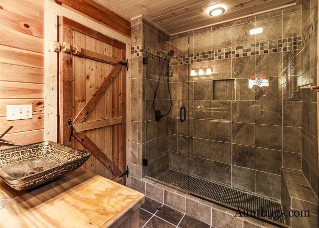 Luxury Log Cabin In The Gatlinburg Arts Crafts Munity Bathroom