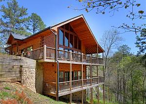 BEAR SPLASH 409 4 bedroom private pool cabin in between Gatlinburg & Pigeon Forge  #409