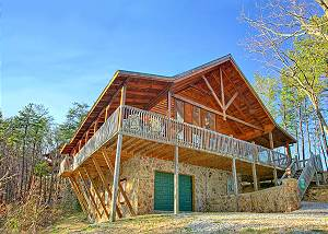 A Night To Remember #3220 Smoky Mountain Private Cabin with 3 Bedrooms, Game Room, Hot Tub and Jacuzzi