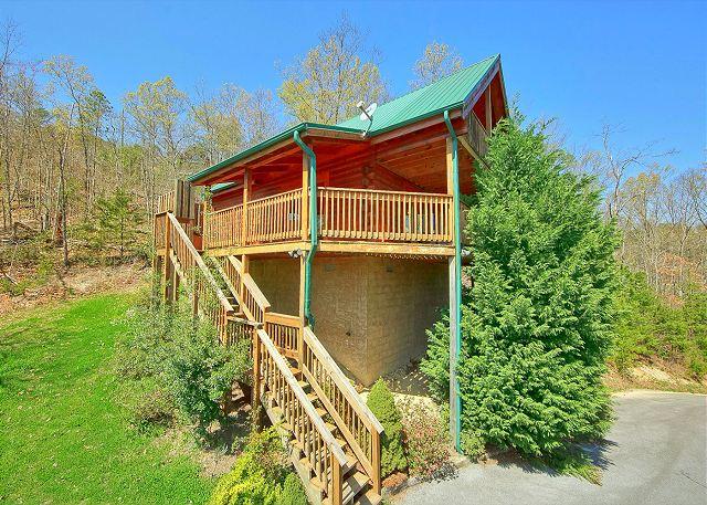 Sevierville cabin rental heavenly hideaway 256 2 bedroom for Heavenly view cabin sevierville tn