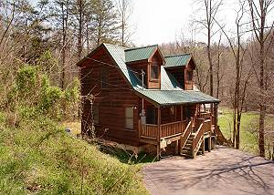 LOVER'S LAKE #105 1 Bedroom Cabin Between Gatlinburg and Pigeon Forge with Master Suite Jacuzzi
