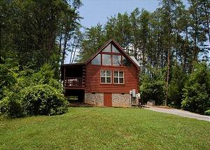 A ROMANTIC SAFARI #163 One bedroom Log Cabin close to Dollywood and Parkway Pigeon Forge TN