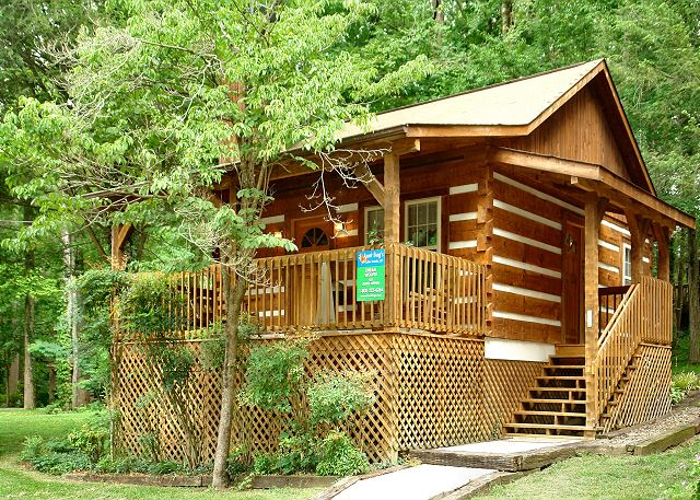 Superieur CUDDLE INN #1529 1 Bedroom Cabin Within Walking Distance To Downtown  Gatlinburg And Trolley