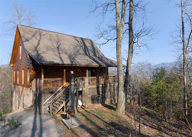Moose mountain lodge 539 5 bedroom cabins pigeon forge for Moose creek cabins pigeon forge tn