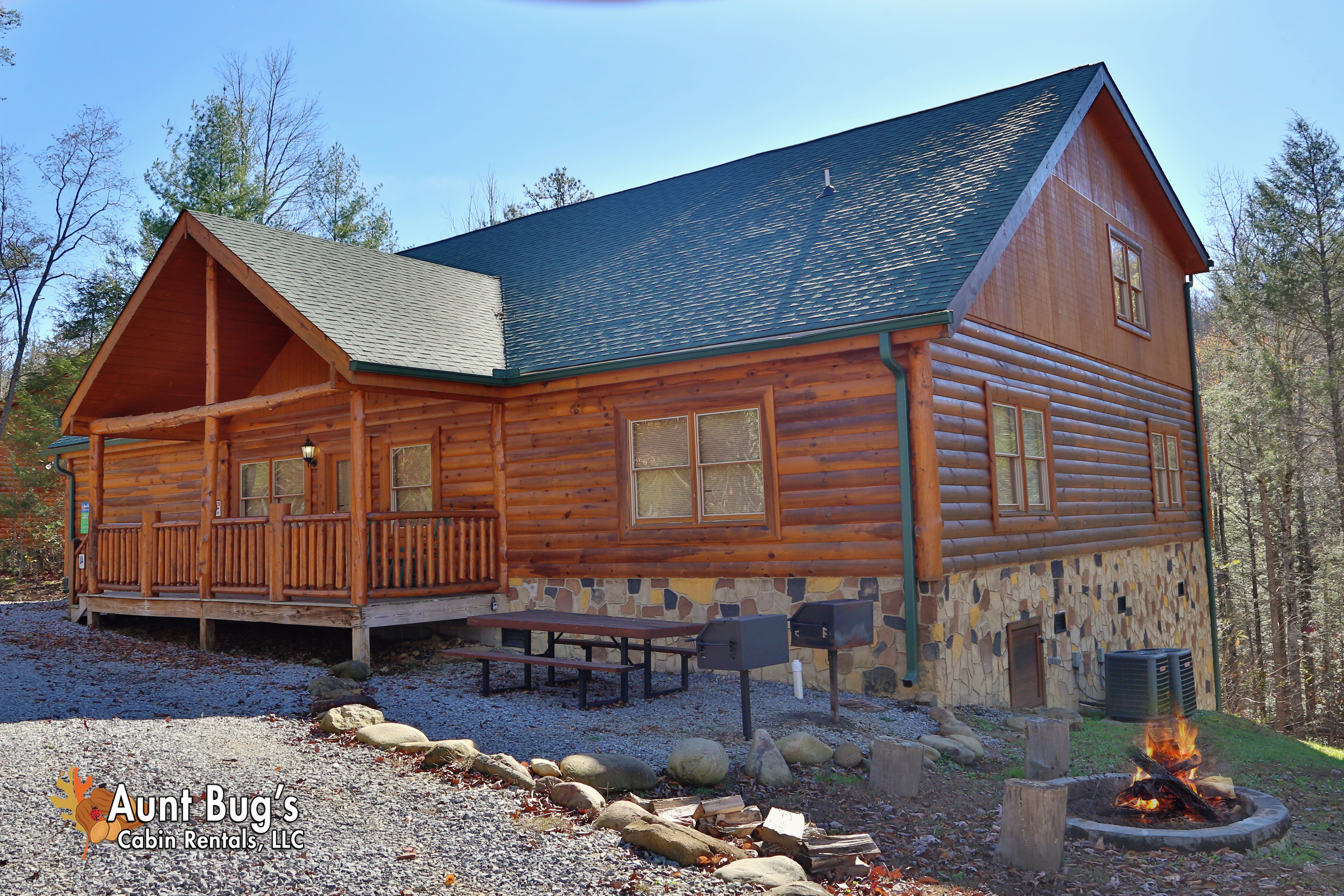 cabins nw last minute nason vacation rentals chalet cabin comfy