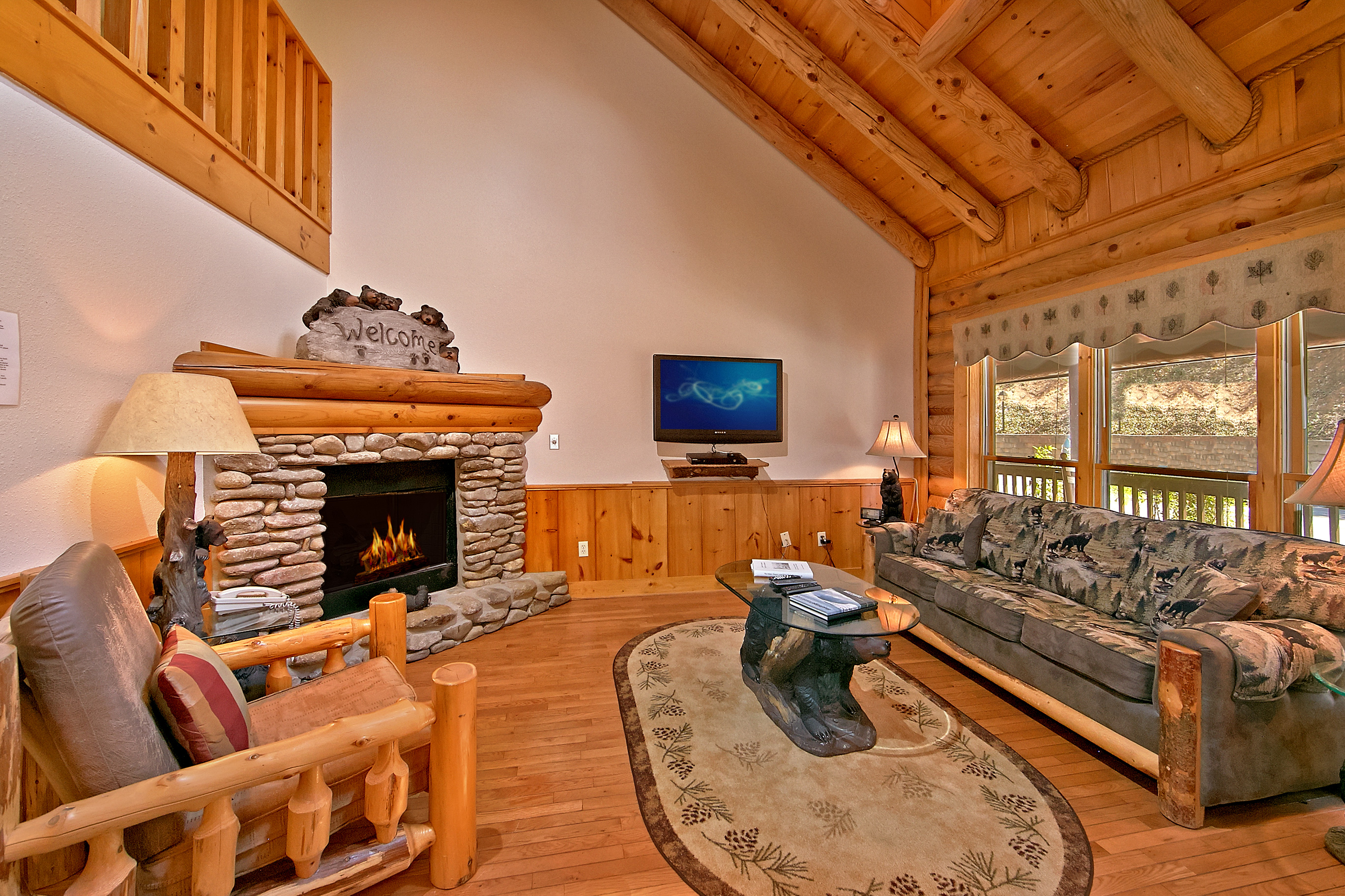 Pigeon Forge Cabin Rental Smoky Bear 280 2 Bedroom