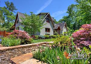 BIRDS CREEK MANSION - 650 The perfect retreat just minutes from downtown Pigeon Forge and Gatlinburg!