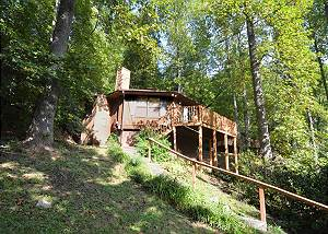 SLEEPING BEAUTY #511 Gatlinburg Cabin in the mountains